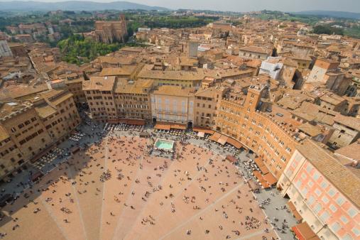 Town Square「Piazza del Campo」:スマホ壁紙(18)