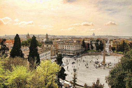 恋愛「ポポロ広場、ローマ」:スマホ壁紙(19)
