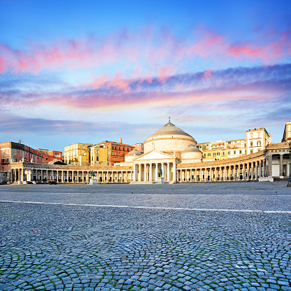 Town Square「Piazza del Plebiscito in Naples」:スマホ壁紙(4)