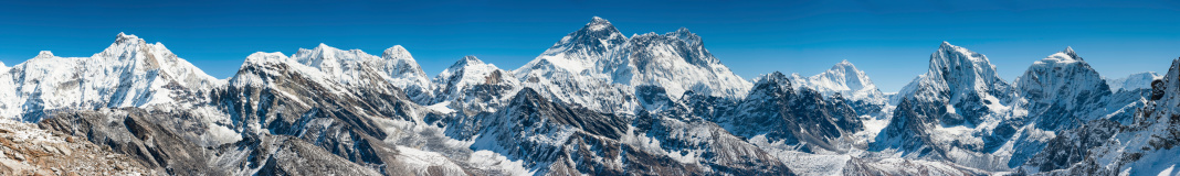 Khumbu「Mt Everest Himalaya mountain peaks super panorama」:スマホ壁紙(3)