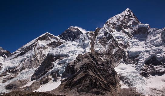 Khumbu Glacier「Mt Everest from Kala Patthar, Gorak Shep, Everest Base Camp Trek, Nepal」:スマホ壁紙(2)