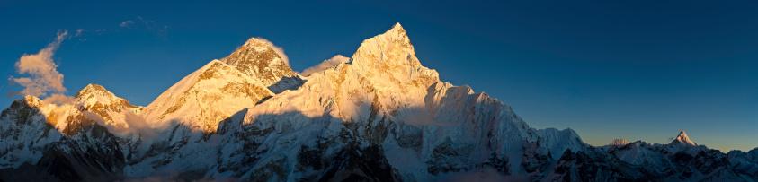 Ama Dablam「Mt Everest golden sunset panorama Himalayan mountain peaks Nepal」:スマホ壁紙(16)