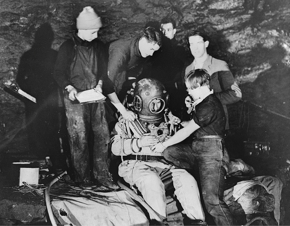 潜水「Cavers And Amateur Divers Graham Balcombe」:写真・画像(14)[壁紙.com]