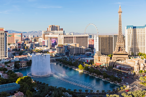 Avenue「USA, Nevada, Las Vegas, Strip, fountain of hotel Bellagio and Eiffel Tower」:スマホ壁紙(11)