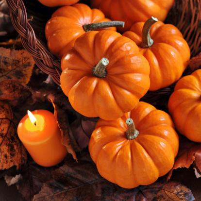 ハロウィン「秋の装飾」:スマホ壁紙(6)