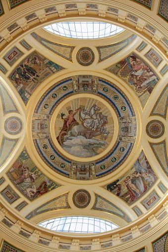 Szechenyi Baths「Hungary, Budapest, Szechenyi Baths, interior,」:スマホ壁紙(0)