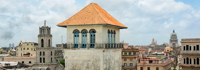 Old Havana「Elevated panoramic view of Old Havana.」:スマホ壁紙(13)