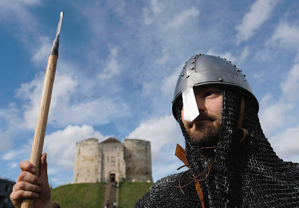 Historical Reenactment「The 1066 March Sets Off For Hastings」:写真・画像(1)[壁紙.com]