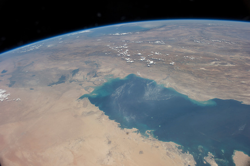 Iran「View from space showing the tropical blue waters of the Persian Gulf.」:スマホ壁紙(9)
