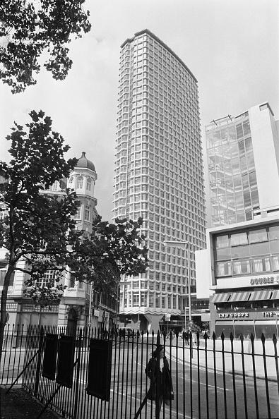 Corner「Centre Point In London」:写真・画像(7)[壁紙.com]