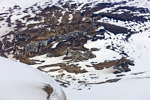 Basalt「Ash fall and snow by crater, Grimsvotn volcanic eruption, Iceland」:スマホ壁紙(2)