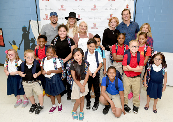 Backpack「Vera Bradley Partners With Blessings In A Backpack To Continue Back-To-School Philanthropy Tour With Jason Aldean, Brittany Aldean And RaeLynn」:写真・画像(19)[壁紙.com]