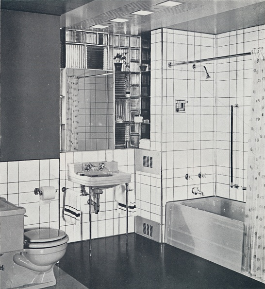 Bathroom「Crane Co - A Compact Recess Tiled In Canary Yellow」:写真・画像(4)[壁紙.com]