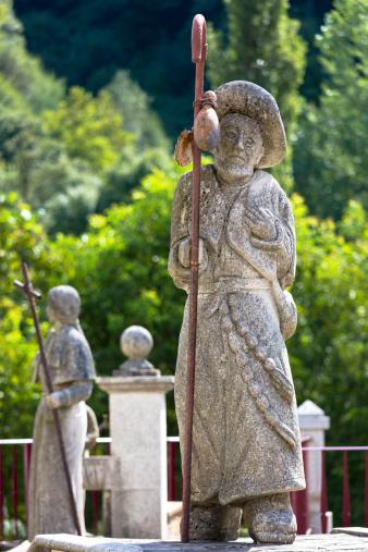 Pilgrim「Pilgrim statue on Camino Pilgrim Route, Spain」:スマホ壁紙(7)