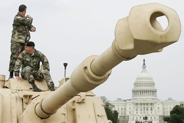 Protection「Military Displays Hardware On National Mall」:写真・画像(9)[壁紙.com]