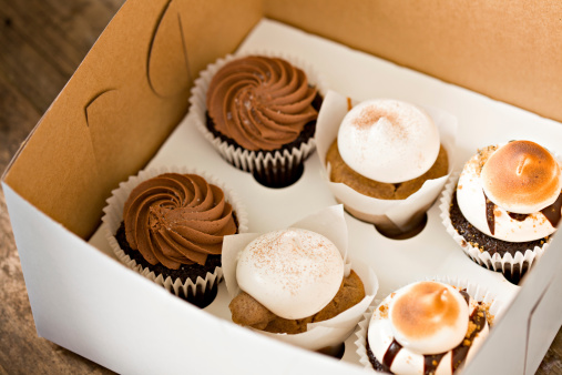 Baked Pastry Item「Cupcakes To Go」:スマホ壁紙(0)