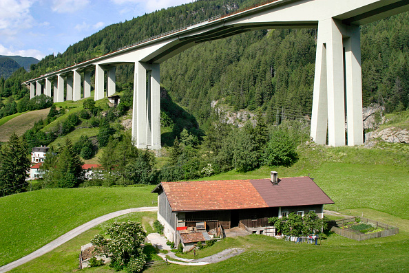 Alto Adige - Italy「Brenner Motorway Viaduct at Gossensaas, Southern Tyrol, in the Alps, Italy. The Brenner motorway bridge is the most important throughway over the central Alps and connects the Austrian region of Tyrol with Italy's  Southern Tyrol. The Brenner viaduct has」:写真・画像(3)[壁紙.com]