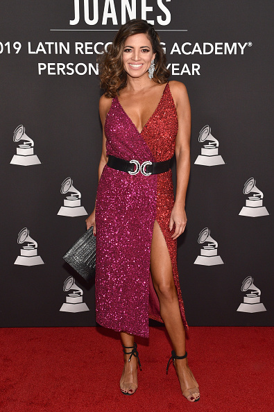 High Heels「The 20th Annual Latin GRAMMY Awards- Person Of The Year Gala – Arrivals」:写真・画像(15)[壁紙.com]