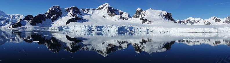 流氷「金湾の南極 Snow-capped 山」:スマホ壁紙(10)