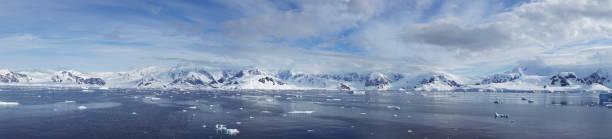 Gold Bay of Antarctica Snow-capped mountains:スマホ壁紙(壁紙.com)