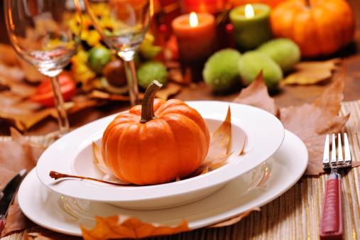 ハロウィン「感謝祭のテーブル」:スマホ壁紙(13)