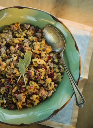 Stuffing - Food「Thanksgiving stuffing in bowl」:スマホ壁紙(14)