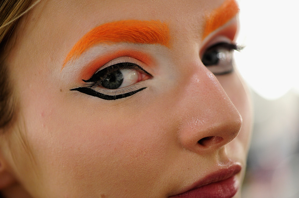 Macrophotography「The Power Of Colors - MAYBELLINE New York Make-Up Runway Backstage - Mercedes-Benz Fashion Week Berlin Autumn/Winter 2016」:写真・画像(16)[壁紙.com]