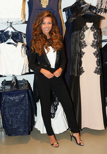 Curly Hair「Michelle Keegan Launches BANK Liverpool」:写真・画像(18)[壁紙.com]