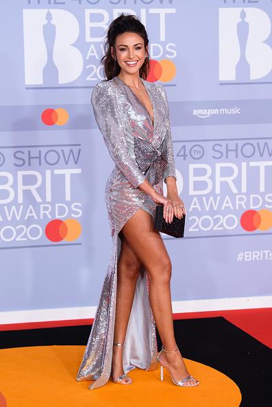 銀色のドレス「The BRIT Awards 2020 - Red Carpet Arrivals」:写真・画像(15)[壁紙.com]