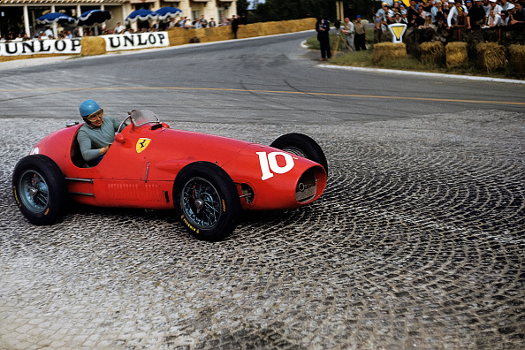 Ferrari「Alberto Ascari, Grand Prix Of France」:写真・画像(9)[壁紙.com]