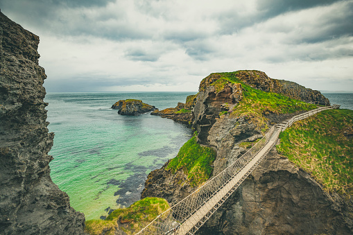 Coastline「carrick-a-rede rope bridge, northern ireland」:スマホ壁紙(11)