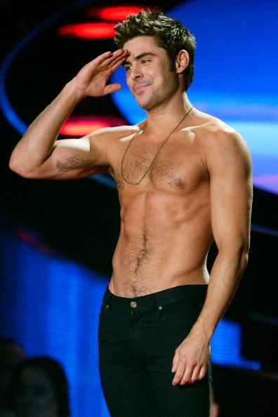 ザック・エフロン「2014 MTV Movie Awards - Show」:写真・画像(16)[壁紙.com]
