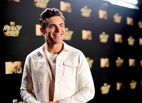 Zac Efron「2017 MTV Movie And TV Awards - Red Carpet」:写真・画像(5)[壁紙.com]