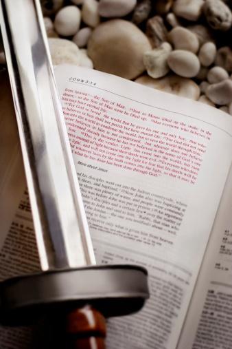 Battle「Sword over the Bible」:スマホ壁紙(1)