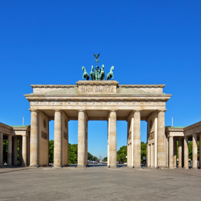 Horse「Brandenburg Gate, Berlin」:スマホ壁紙(7)