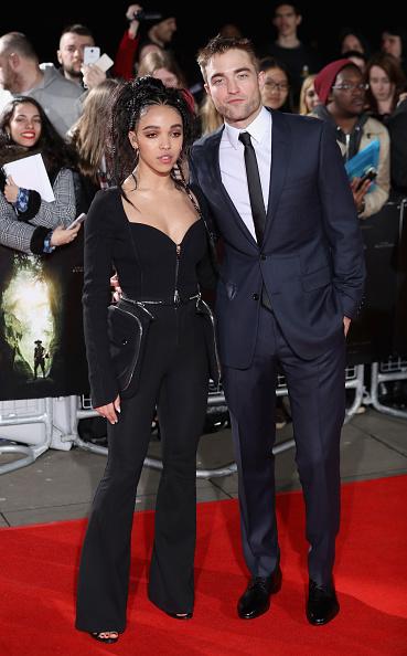 ロバート・パティンソン「The Lost City of Z - UK Premiere - Arrivals」:写真・画像(6)[壁紙.com]