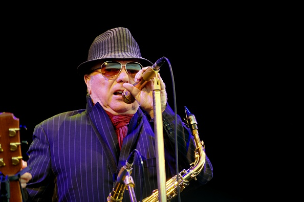 Black Background「Van Morrison, Love Supreme Jazz Festival, Glynde Place, East Sussex, 2015」:写真・画像(4)[壁紙.com]