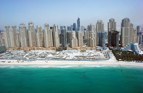 skyscraper「Aerial of Dubai, United Arab Emirates. Dubai Marina, Jumeirah Beach Residence. July 2007.」:写真・画像(13)[壁紙.com]