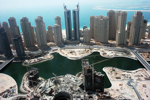 skyscraper「Aerial of Dubai, United Arab Emirates. Dubai Marina, Jumeirah Beach Residence. July 2007.」:写真・画像(14)[壁紙.com]