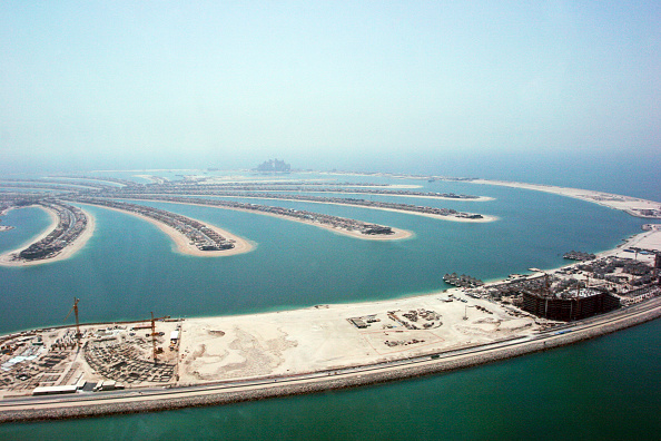 Built Structure「Aerial of Dubai, United Arab Emirates. Palm Jumeirah, July 2007.」:写真・画像(19)[壁紙.com]
