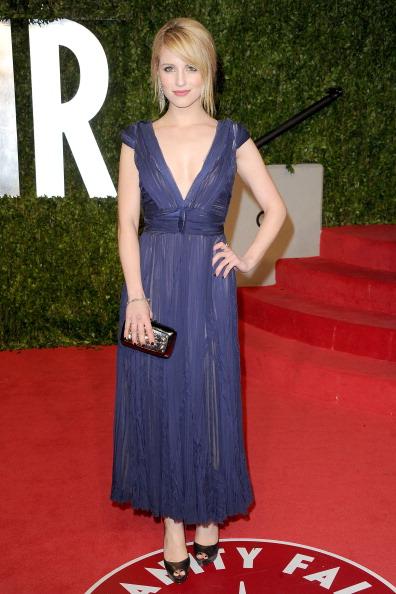 Cap Sleeve「2011 Vanity Fair Oscar Party Hosted By Graydon Carter - Arrivals」:写真・画像(14)[壁紙.com]