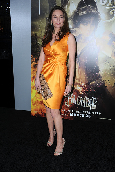 "Pencil Dress「Premiere Of Warner Bros. Pictures' ""Sucker Punch"" - Arrivals」:写真・画像(9)[壁紙.com]"