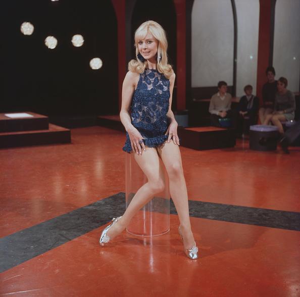 Mini Dress「Diana Greaves」:写真・画像(15)[壁紙.com]