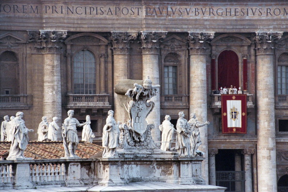 Architectural Feature「Pope John Paul II At Christmas」:写真・画像(16)[壁紙.com]