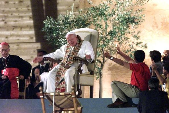Religious Mass「Pope John Paul II - World Youth Days」:写真・画像(6)[壁紙.com]