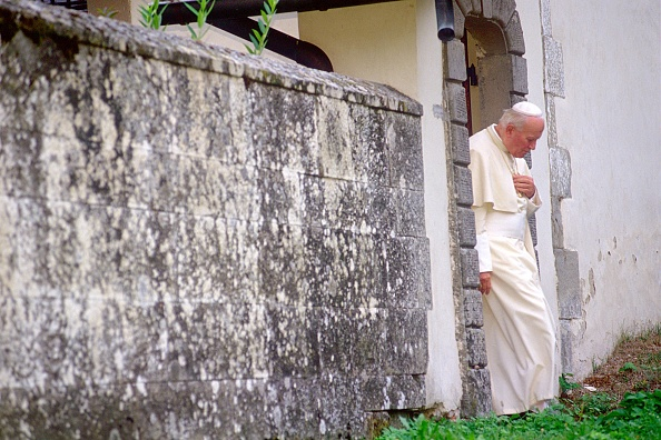 Franco Origlia「Pope John Paul II In Camaldoli」:写真・画像(6)[壁紙.com]