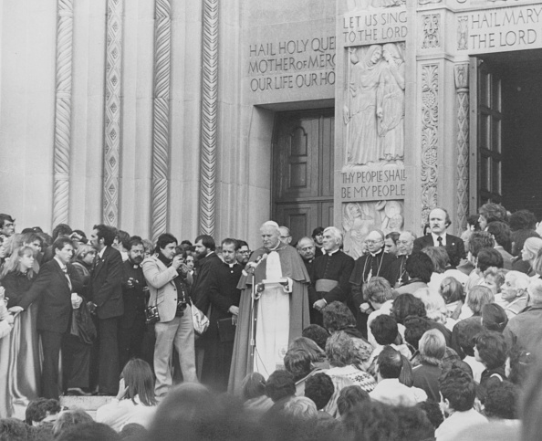 Consolidated News Pictures「Pope John Paul II」:写真・画像(6)[壁紙.com]