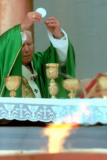 Pope John Paul II At Sports Jubilee:ニュース(壁紙.com)