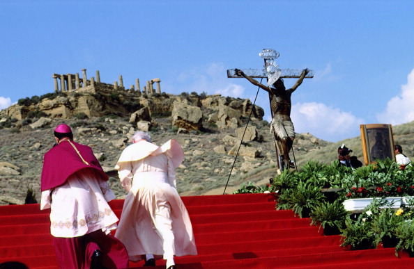 Franco Origlia「Pope John Paul II In Sicily」:写真・画像(5)[壁紙.com]
