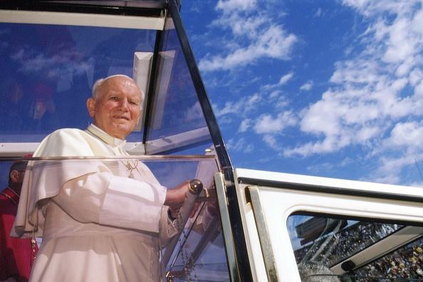 Franco Origlia「Pope John Paul II In Lecce」:写真・画像(1)[壁紙.com]